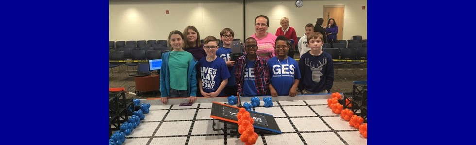 Congratulations to the Glasscock Elementary Robotics Achievement Program for coming in 1st place in their first competition in Elizabethtown and qualifying for State! #bulldogsareleaders #bulldogsloverobotics