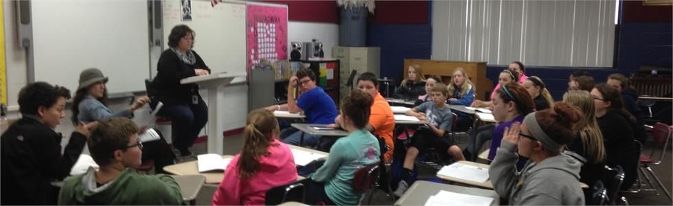 Kandice Spalding and Robin Humphress meet with SCMS students to begin work on Annie Jr.