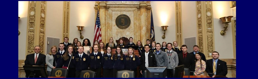 On February 14th, members from FFA, FBLA, FCCLA and TSA traveled to Frankfort for the Career and Technical Education Student Leadership Day.  The students learned about how state government operates and had the opportunity to speak with Senator Higdon and Representative Reed.