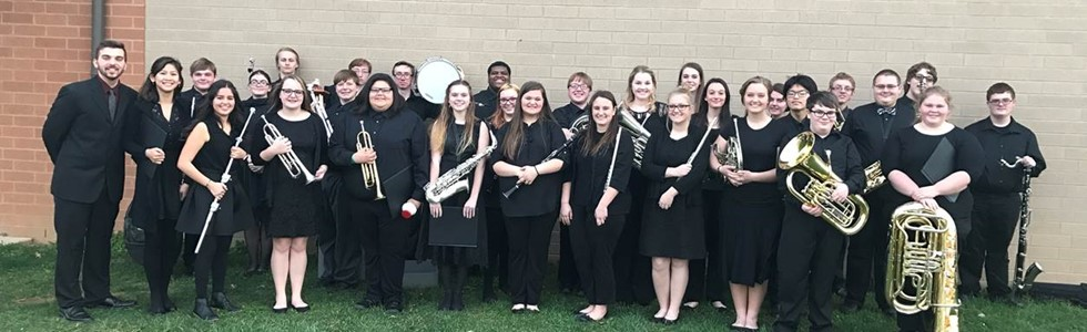 The MCHS Concert band received a distinguished rating in performance and sight reading at the 2017 Heartland Concert Festival on March 21st.